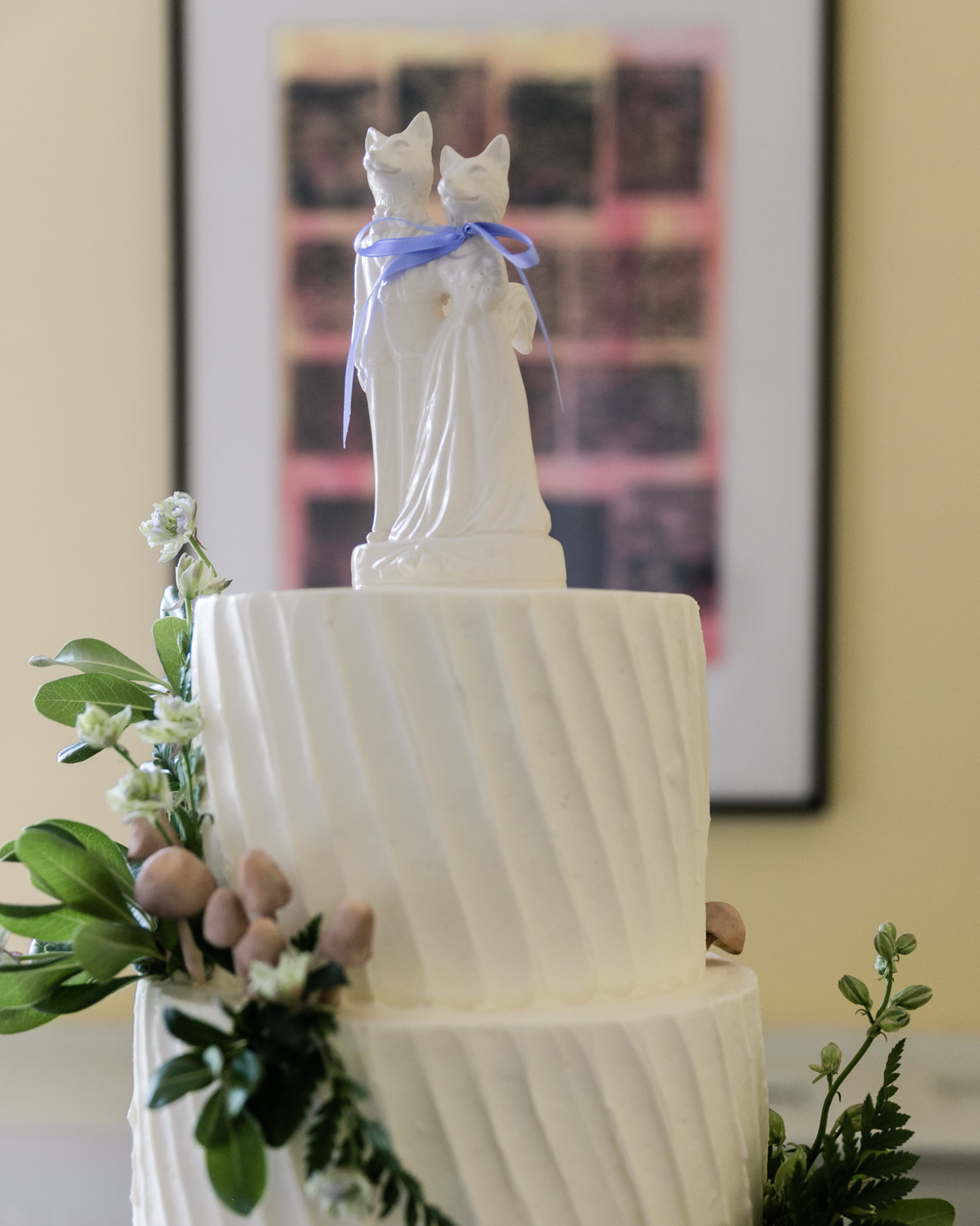 wedding details at Josephine Butler Parks center cape may flower fluffy thoughts cakes